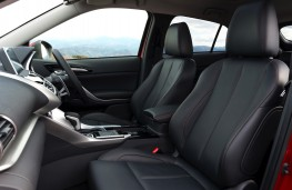 Mitsubishi Eclipse Cross, 2018, interior