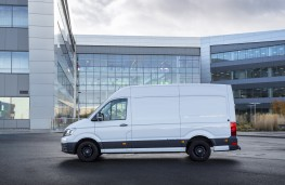 Volkswagen e-Crafter, 2019, side