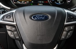 Ford Edge, 2018, instrument panel