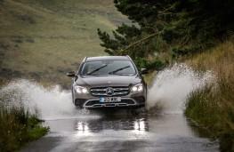 Mercedes-Benz E350 d 4Matic All-Terrain, 2017, front, water