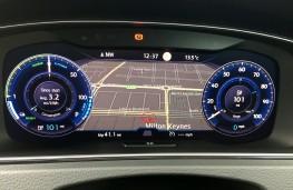 Volkswagen e-Golf, 2017, instrument panel