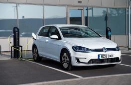 Volkswagen e-Golf, 18-plate, charging