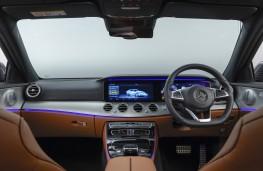 Mercedes-Benz E 220d AMG Line, 2016, interior