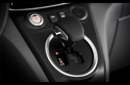 Nissan e-NV200, 2019, gear lever