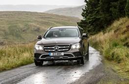 Mercedes-Benz E350 d 4Matic All-Terrain, 2017, nose, action