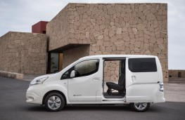 Nissan e-NV200, 2019, side, door open