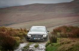 Mercedes-Benz E350 d 4Matic All-Terrain, 2017, front, off road