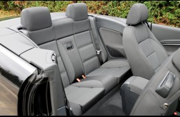 VW Eos, rear seats