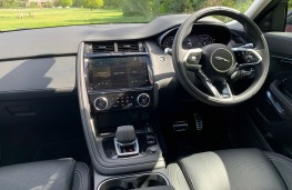 Jaguar E-Pace First Edition, 2017, interior