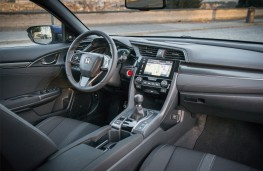 Honda Civic i-DTEC, 2018, interior