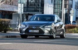 Lexus ES, 2019, front