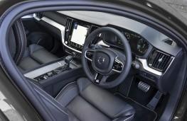 Volvo XC40, interior