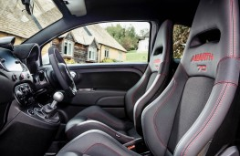 Abarth 595 Esseesse, interior