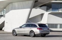 Mercedes-Benz C-Class Estate, 2018, rear