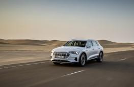 Audi e-tron, 2019, front, action