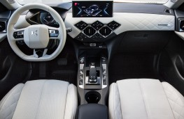 DS 3 Crossback E-Tense, 2019, interior