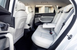 Audi e-tron, 2019, rear seats