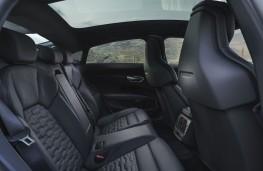 Audi e-tron GT, 2021, rear seats