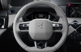 DS 3 Crossback E-Tense, 2019, steering wheel