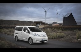 Nissan e-NV200, 2019, front