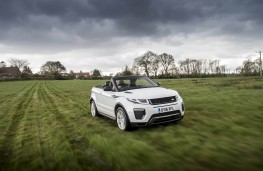 Range Rover Evoque Convertible, front, off road