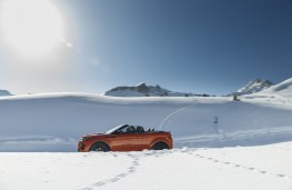 Range Rover Evoque Convertible, side, snow