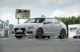 Hyundai i30 Fastback N, 2018, side