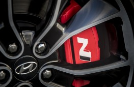 Hyundai i30 Fastback N, 2019, brakes