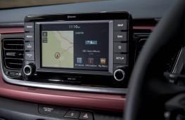 Kia Rio 1.0 T-GDi First Edition, 2017, display screen