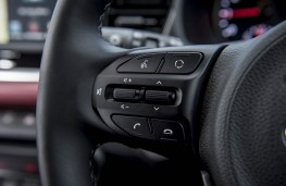 Kia Rio 1.0 T-GDi First Edition, 2017, steering wheel controls