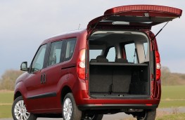 Fiat Doblo rear