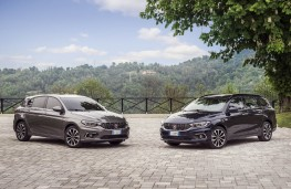 Fiat Tipo, both cars static
