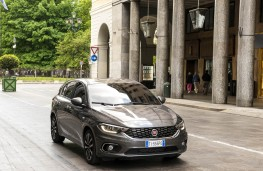 Fiat Tipo,hatch front static 2