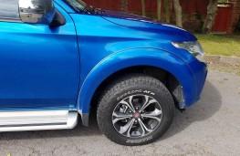 Fiat Fullback LX, front detail