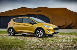 Ford Fiesta Active, 2018, side, static