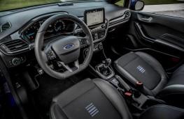 Ford Fiesta ST-Line, 2017, dashboard