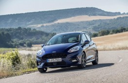 Ford Fiesta ST-Line, 2017, front