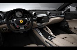 Ferrari GTC4Lusso, interior