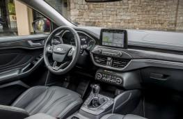 Ford Focus Estate Vignale, 2018, interior