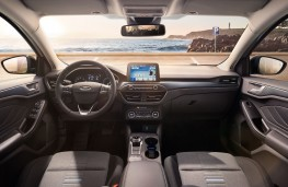 Ford Focus, 2018, interior