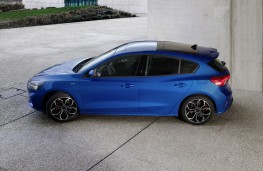 Ford Focus ST, 2018, side