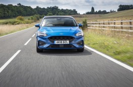 Ford Focus ST-Line, 2018, head on