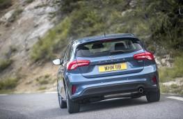 Ford Focus Titanium, 2018, rear, action