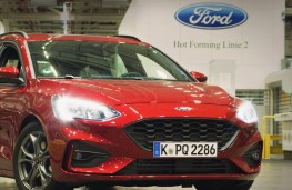 Ford Focus, Saarlouis production, automated hot-forming process