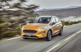 Ford Fiesta Active front action