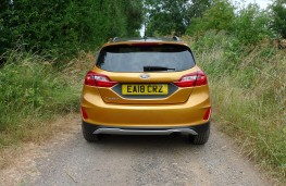 Ford Fiesta Active, full rear static