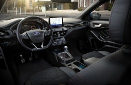 Ford Focus 2020 cockpit