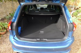 Ford Focus ST Estate, boot 1