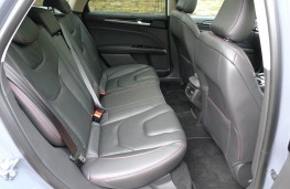 Ford Mondeo Estate, rear seat