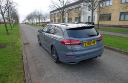 Ford Mondeo Estate, rear static 2